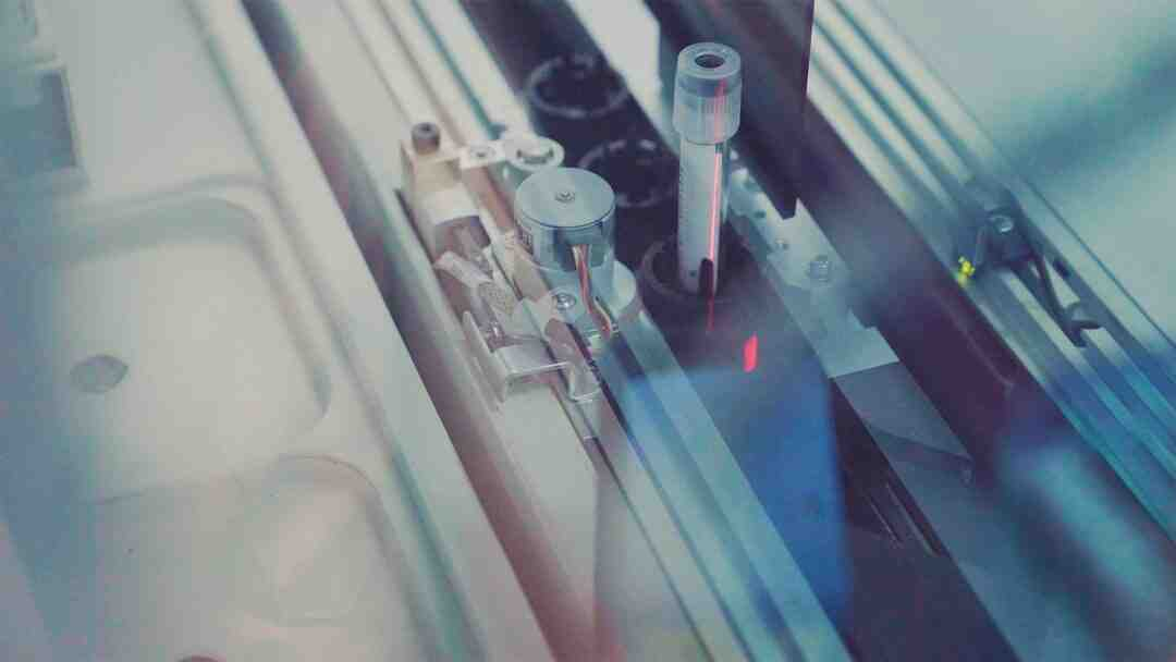 Comment devenir Technicien de laboratoire : Formation, Métier, salaire,